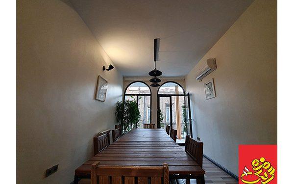 بهترین کافه در خیابان انقلاب