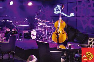 رستوران با موسیقی زنده