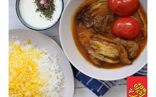 طرز تهیه خورش آلو مسما گیلانی مرغ